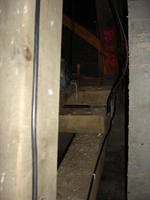 Kabellage hinter dem Glockenstuhl.